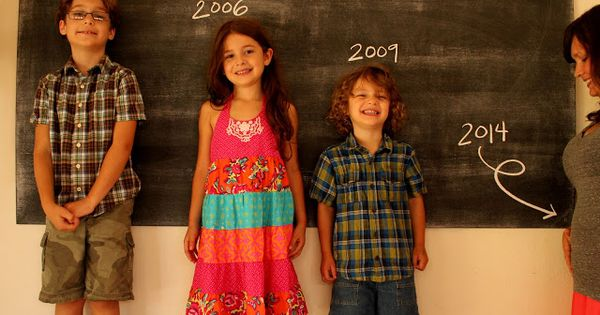 announcing a fourth pregnancy with siblings and a ...
