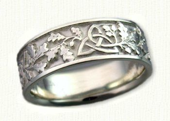 Celtic Triangle Knot With Oak Leaves Wedding Band Shown In 14kt White Gold We Make This Ring In S Celtic Wedding Rings Celtic Jewelry Wedding Rings Online