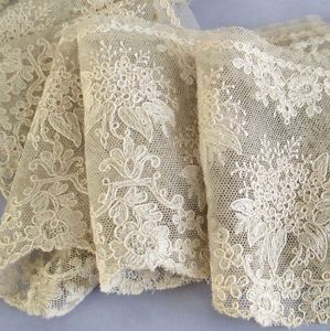 Fine Antique Ecru French Lace Trim Flower Bouquets 4 Wide 50 Tambour Needlerun Linens And Lace French Lace Lace Embroidery