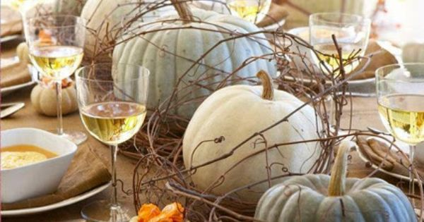 2014 Thanksgiving table setting ideas with pumpkin centerpiece - twig, outdoor decor