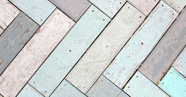 Rustic pastel floor in zig zag pattern | Interior inspiration