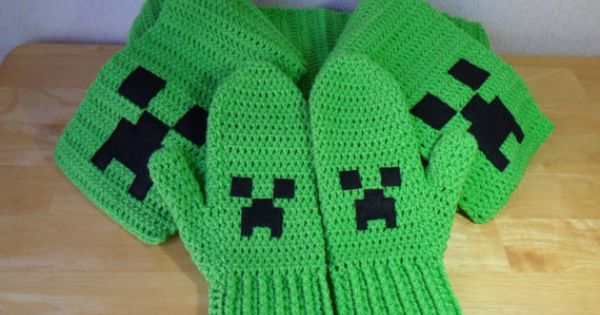 RESERVED for LisaD XL Minecraft Creeper Mittens by LilacsLovables, USD50.00 L...