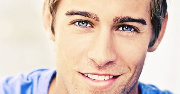 Matt Grevers - USA Swimmer. So there are hot guys from Illinois.