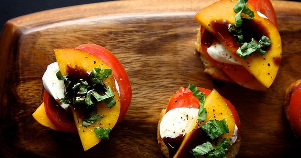 peach, tomato and mozzarella crostini - perfect party finger food