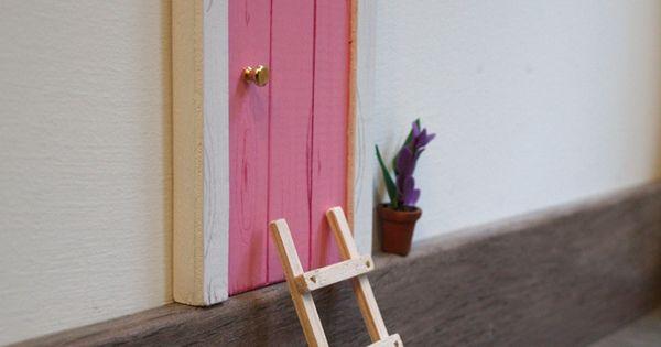 Puerta para el ratoncito p rez de color rosa con escalera - Puerta escalera ninos ...