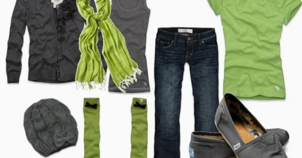 Green And Gray ... Totally marking this because I just think those socks are too sweeeeeeeeet! Granted dd might pin it because of the toms