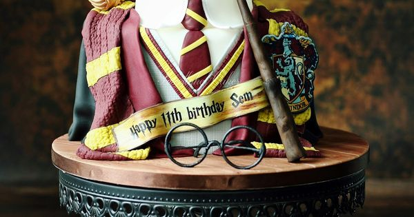 harry potter cake character cartoon cakes pinterest. Black Bedroom Furniture Sets. Home Design Ideas