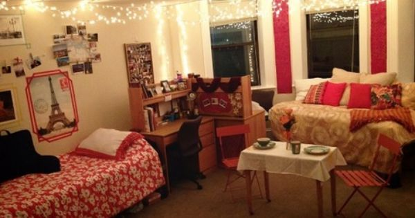 Submitted By Caitlynne Mcgaff Boston University Dorm Sweet Dorm Cool Dorm Rooms Dorm Inspiration