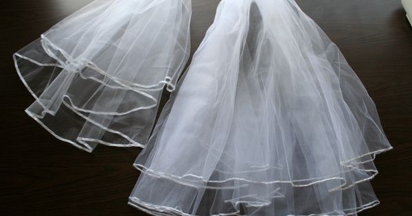 A Great Tutorial On How To Make Your Own Wedding Veil
