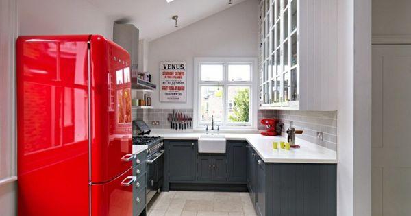 cuisine rouge et grise qui incarne l id e d une vie moderne armoires cuisine et conception de. Black Bedroom Furniture Sets. Home Design Ideas