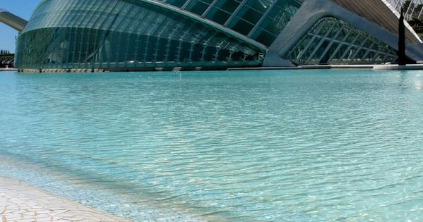 Tourist Places. The City of Arts and Sciences - Valencia, Spain Designed