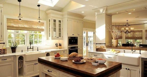 küche kochinsel landhausstil weiß oberlichter | interior, Wohnzimmer design