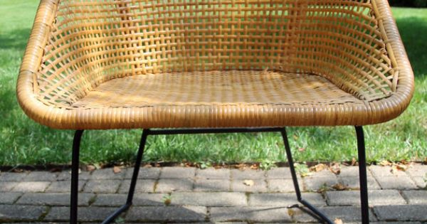 110 vintage mid century modern wicker chair by for Difference between rattan and wicker furniture
