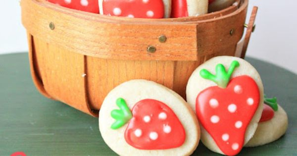 Strawberry Sugar Cookies by Munchkin Munchies.
