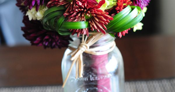 Ideas For A Budget Wedding Bouquet Made With Fall Wedding Flowers