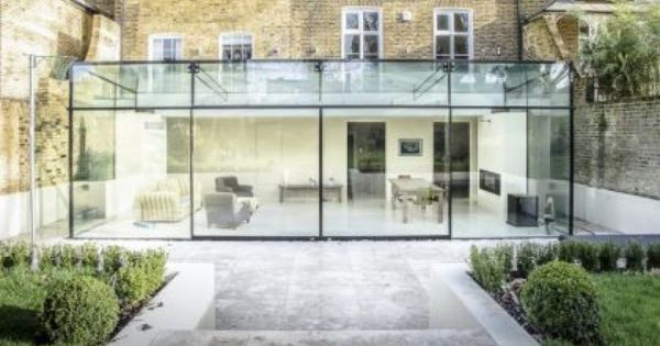 Giant glass box with bi-parting maxlight sliding doors Maxlight - Agrandir Sa Maison Soi Meme