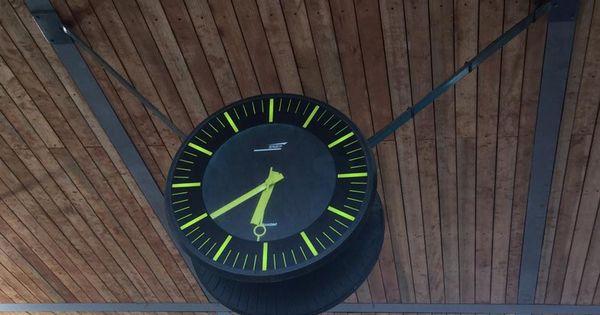 Horloge Bodet Profil Tgv 970 Double Face Install E L 39 Entr E De La Gare De La Celle Saint Cloud