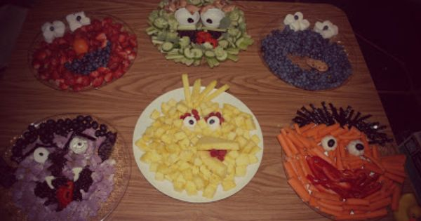 Sesame Street Fruit And Veggie Trays Elmo Oscar The