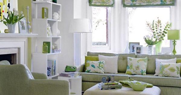 Green sofa and accents salas de estar pinterest el for Decoracion hogar verde