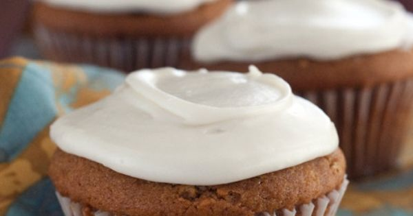 Gluten-free pumpkin cupcakes with maple cream cheese icing. | Yummy ...