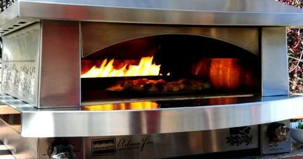 Outdoor pizza oven by kalamazoo fire pizza oven and for Kitchen 600 kalamazoo