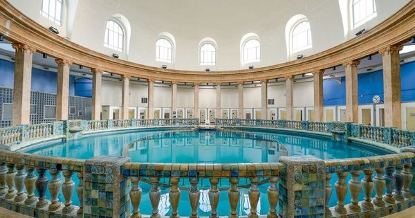 Les incontournables de nancy nancy dell 39 olio places and belle - Piscine ronde nancy ...