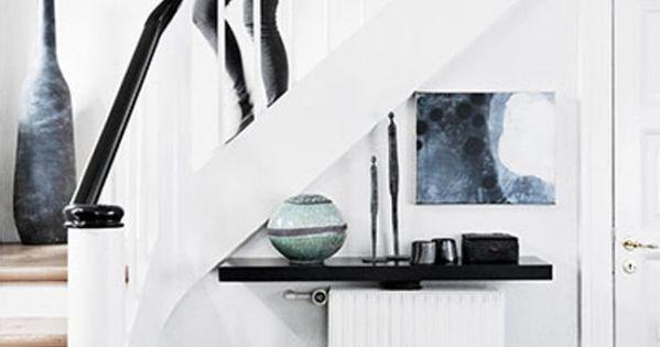rampe blanche et noire contremarche blanche dessus de marche en bois maison deco pinterest. Black Bedroom Furniture Sets. Home Design Ideas