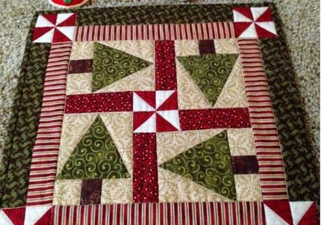 Quilting Digest Free Patterns : Holiday Trees Table Topper Pattern - Quilting Digest Quilting Digest Pinterest Table ...