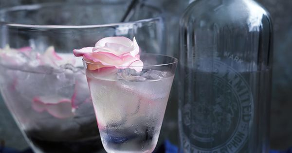 Rose Petal And Prosecco Punch | Donna Hay | holiday ...