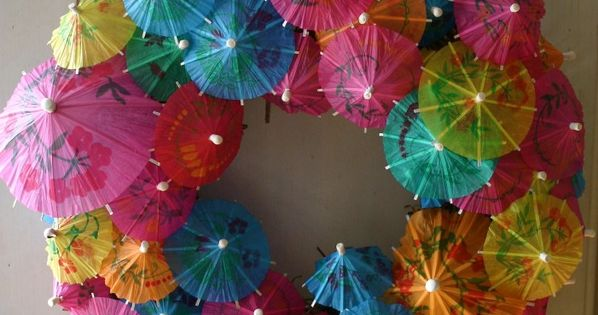 Umbrella Wreath - such a cute summer wreath idea!