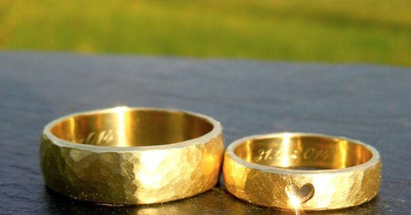Trauringe eheringe gold herz gehämmert handgemacht  Schmuck y Oro