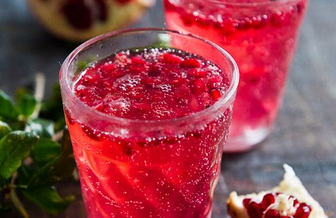 Pomegranate Spritzer Recipe YIELD: 1 DRINK ingredients: about 1 - 2 Tablespoons