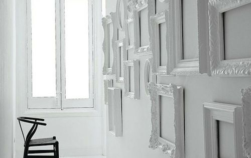 Deco cadres une vraie id e de d coration d corer for Miroir 4 murs