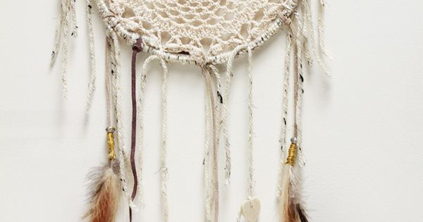 tea-dyed doily DIY craft dreamcatcher