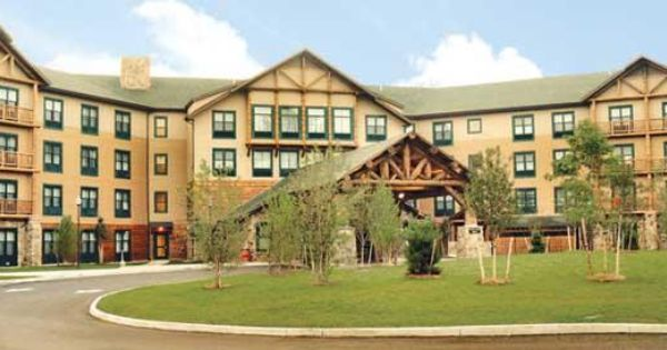 Lake George Wedding Reception Venue An Adirondack Lodge Feel At Great Escape Lodge Indoor Water Park The Perfec Indoor Waterpark Lake George Lake George Ny