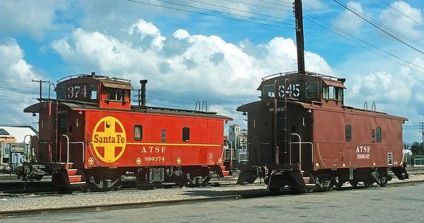 MAGNET TRAIN Post Card Photo Magnet SANTA FE Locomotive 1912 Emporia Kansas