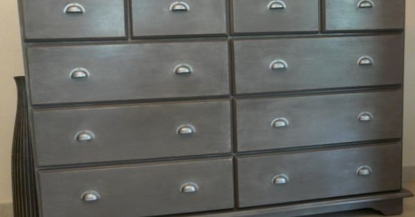 Id e pour peindre un meuble en bois meubles en bois for Peindre un meuble cire