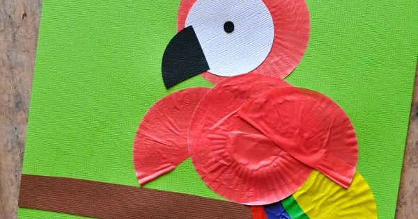 Children will love making a Cupcake Liner Parrot Kids Craft. Great craft