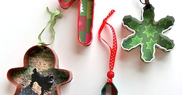 Cookie cutter Christmas ornaments, such a great idea for gifts from the