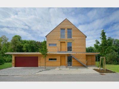 Modernes holzhaus satteldach  Mehrfamilienhaus Erstling - modernes Landhaus mit Satteldach und ...
