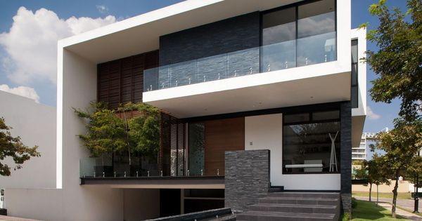 Esta casa en guadalajara es fant stica for Casa minimalista steel framing