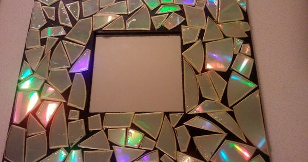 DIY CD Mosaic mirror Awesome upcycle idea!