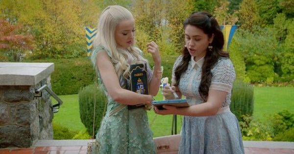 Pin On Descendants 2