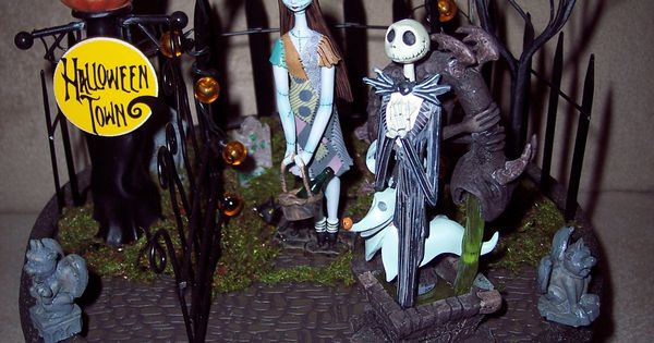 Lighted Halloween Town Enchanted Designs By Cindy Pinterest Halloween Town