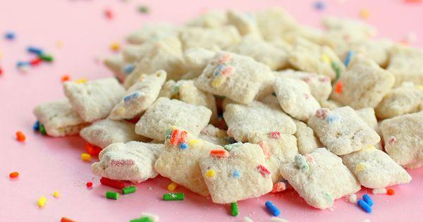 New take on the puppy chow! Cake Batter Muddy Buddies: Melt 10