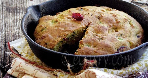 Jalapeno Cranberry Skillet Corn Bread | I ♥ Muffins, Scones & Breads ...