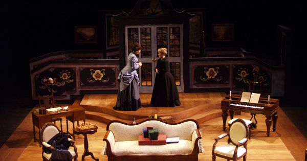 A doll's house act 1 analysis essay