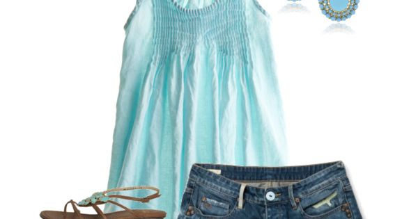 I love this powder-blue top.....not crazy about the shorts.....I'll leave those for