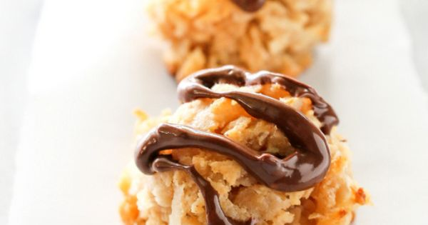 Coconut macaroons, Macaroons and Macaroon recipes on Pinterest
