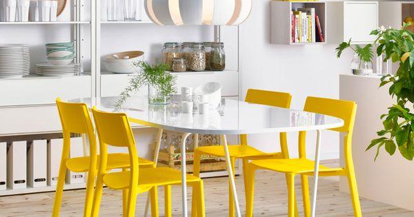 Comedor con mesa blanca ovalada y sillas amarillas - Ikea mesa blanca ...